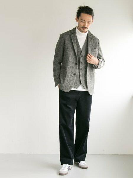 URBAN RESEARCHさんのパンツその他「Corduroy Wide Pants」を使ったコーディネートを紹介します。|ファッション通販楽天ブランドアベニュー(旧スタイライフ Stylife)26706