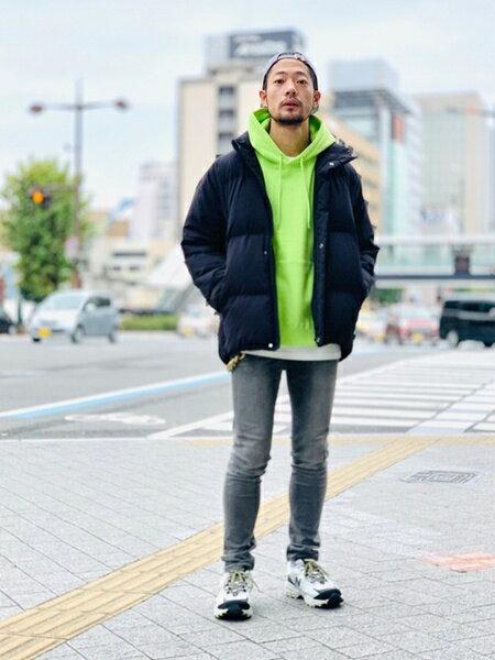 URBAN RESEARCHのWHEIR SKINNY JEANSを使ったコーディネートを紹介します。 Rakuten Fashion(楽天ファッション/旧楽天ブランドアベニュー)42470