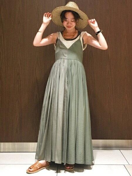 BEAMS WOMENさんのタンクトップ「Ray BEAMS High Basic / カットオフ タンクトップ レイビームス」を使ったコーディネートを紹介します。|ファッション通販楽天ブランドアベニュー(旧スタイライフ Stylife)20933