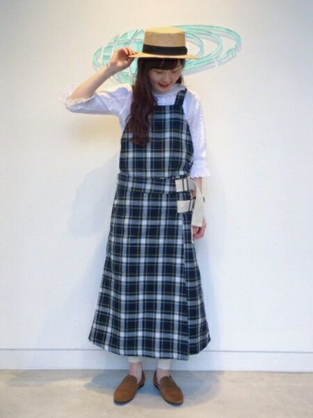 BEAMS WOMENさんの「」を使ったコーディネートを紹介します。 ファッション通販楽天ブランドアベニュー(旧スタイライフ Stylife)21118