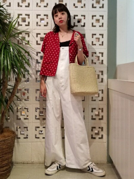 BEAMS WOMENさんのサロペット/オールインワン「Ray BEAMS / デニム サロペット」を使ったコーディネートを紹介します。|ファッション通販楽天ブランドアベニュー(旧スタイライフ Stylife)23912