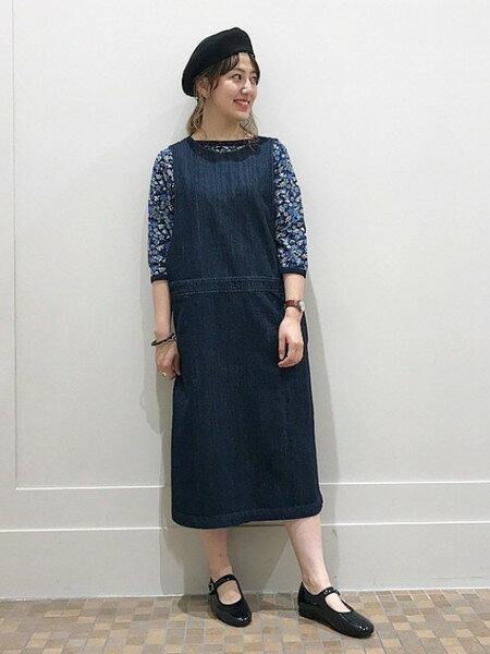 BEAMS WOMENさんのTシャツ「BEAMS BOY / リバティ ボートネック 7分袖 18FW ビームス ボーイ カットソー レディース」を使ったコーディネートを紹介します。 ファッション通販楽天ブランドアベニュー(旧スタイライフ Stylife)24754