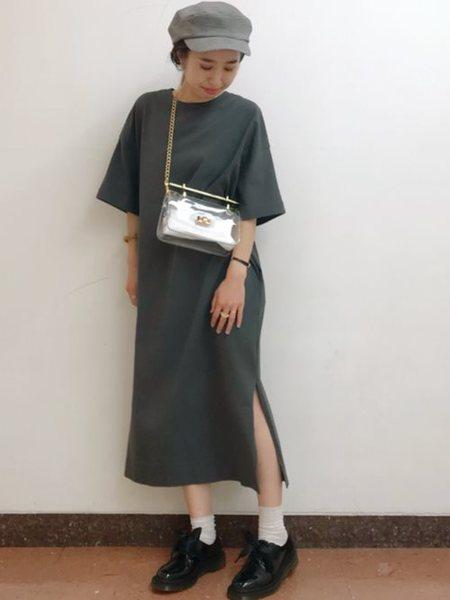 BEAMS WOMENさんのフラット「Dr.Martens×Ray BEAMS/別注 パテント 3eye」を使ったコーディネートを紹介します。 ファッション通販楽天ブランドアベニュー(旧スタイライフ Stylife)26695