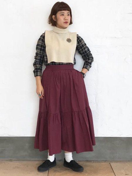 BEAMS WOMENさんの付け襟「BEAMS BOY / タートルネック ウォーマー ビームス ボーイ ユニセックス」を使ったコーディネートを紹介します。|ファッション通販楽天ブランドアベニュー(旧スタイライフ Stylife)27102