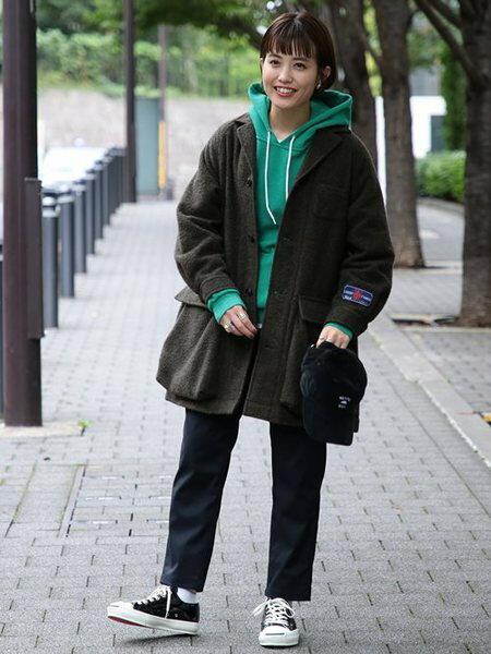 BEAMS WOMENさんのクロップド/半端丈パンツ「GRAMICCI / 別注 ギャバ テーパード パンツ BEAMS BOY ビームス ボーイ グラミチ レディース イージーパンツ」を使ったコーディネートを紹介します。|ファッション通販楽天ブランドアベニュー(旧スタイライフ Stylife)27116
