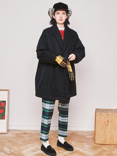 BEAMS WOMENさんの手袋「BEAMS BOY / ハリスツイード グローブ 手袋 冬小物 チェック」を使ったコーディネートを紹介します。|ファッション通販楽天ブランドアベニュー(旧スタイライフ Stylife)27935