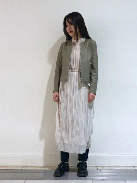 BEAMS WOMENさんの半袖ワンピース「MARMARI / ギャザー シースルー ワンピース レイビームス ビームス レディース マルマリ カジュアル」を使ったコーディネートを紹介します。|ファッション通販楽天ブランドアベニュー(旧スタイライフ Stylife)31174