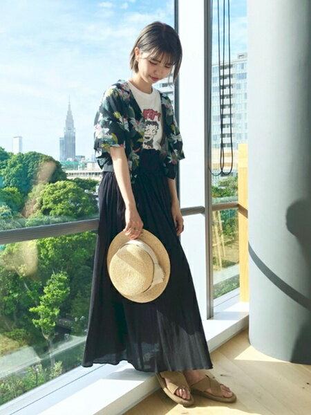 BEAMS WOMENのRay BEAMS / ヨウリュウ ギャザー マキシスカートを使ったコーディネートを紹介します。|Rakuten Fashion(楽天ファッション/旧楽天ブランドアベニュー)35203