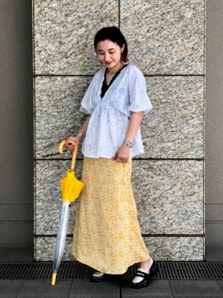 BEAMS WOMENのRay BEAMS / ランダム リブ レース Vネック タンクトップを使ったコーディネートを紹介します。|Rakuten Fashion(楽天ファッション/旧楽天ブランドアベニュー)35206