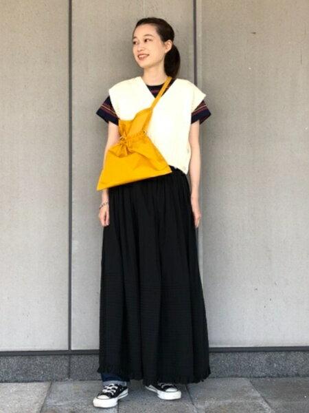 BEAMS WOMENのBEAMS BOY / コットン ローン タック ギャザースカート beamsboy ビームスボーイ 人気 新作 ロングスカート スカート ロング マキシ ペチコート フレア ギャザー を使ったコーディネートを紹介します。|Rakuten Fashion(楽天ファッション/旧楽天ブランドアベニュー)37858