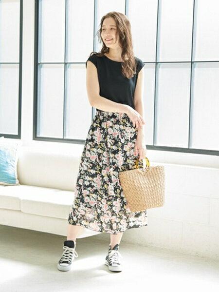 ROPE' PICNICの花柄ドッキングワンピースを使ったコーディネートを紹介します。|Rakuten Fashion(楽天ファッション/旧楽天ブランドアベニュー)32977