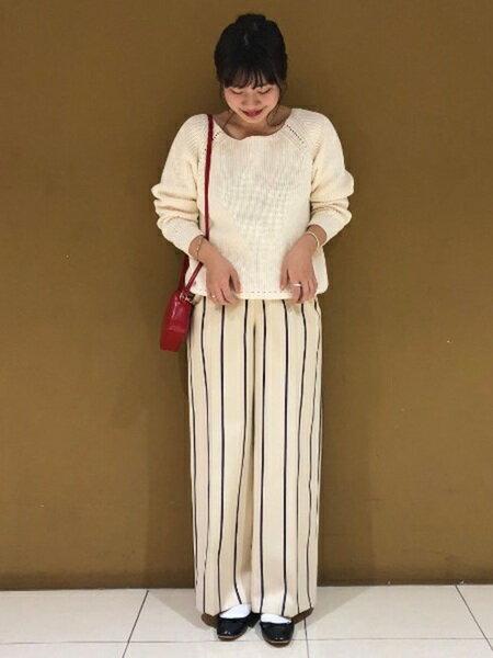 ADAM ET ROPE'さんのショルダーバッグ「カラーミニポシェット」を使ったコーディネートを紹介します。|ファッション通販楽天ブランドアベニュー(旧スタイライフ Stylife)16897