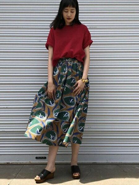 ADAM ET ROPE'さんのスカートその他「ターバンベルトアフリカンロングスカート」を使ったコーディネートを紹介します。|ファッション通販楽天ブランドアベニュー(旧スタイライフ Stylife)23238