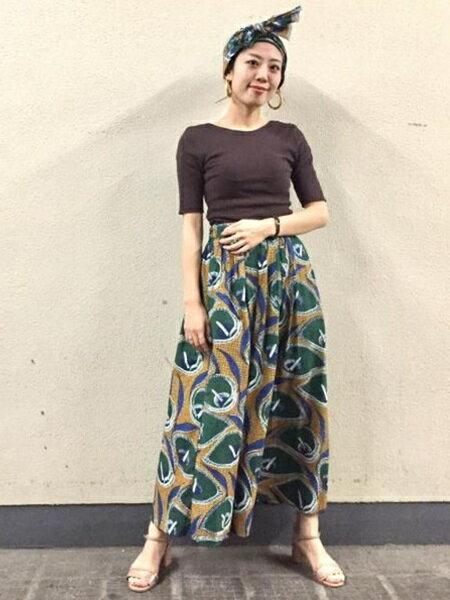 ADAM ET ROPE'さんのスカートその他「ターバンベルトアフリカンロングスカート」を使ったコーディネートを紹介します。|ファッション通販楽天ブランドアベニュー(旧スタイライフ Stylife)24018