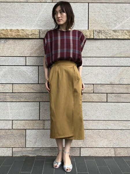 ADAM ET ROPE'のコーディネートを紹介します。|Rakuten Fashion(楽天ファッション/旧楽天ブランドアベニュー)24512