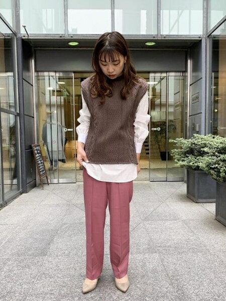 ADAM ET ROPE'のアランジャカードベストを使ったコーディネートを紹介します。|Rakuten Fashion(楽天ファッション/旧楽天ブランドアベニュー)39334