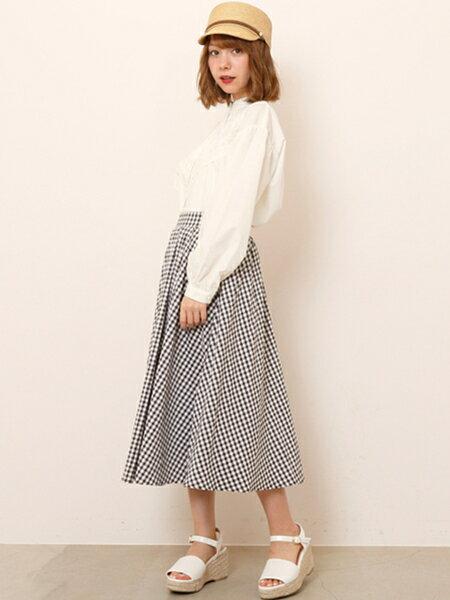 Ray Cassinさんのフレアスカート「ギンガム・ドットスカート」を使ったコーディネートを紹介します。|ファッション通販楽天ブランドアベニュー(旧スタイライフ Stylife)20733