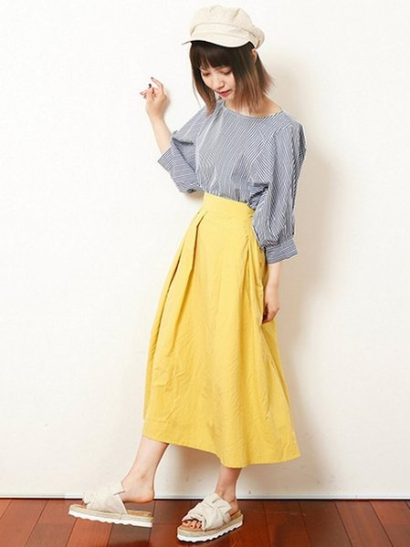 Ray Cassinさんのフレアスカート「綿ワッシャー横ボタンスカート」を使ったコーディネートを紹介します。|ファッション通販楽天ブランドアベニュー(旧スタイライフ Stylife)23297