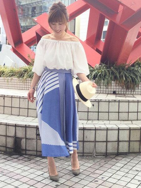GRACE CONTINENTALのラインプリントロングスカートを使ったコーディネートを紹介します。|Rakuten Fashion(楽天ファッション/旧楽天ブランドアベニュー)21862