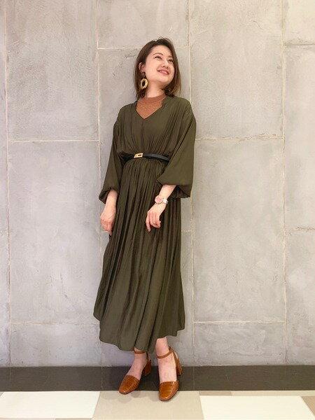GRACE CONTINENTALのエンボスレザーサンダルを使ったコーディネートを紹介します。|Rakuten Fashion(楽天ファッション/旧楽天ブランドアベニュー)37235