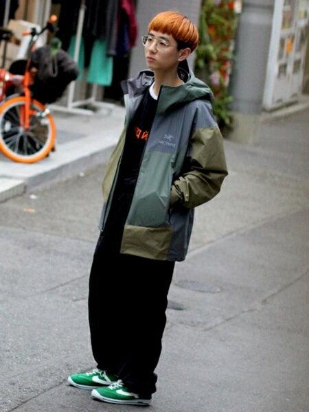 BEAMS MENさんのマウンテンパーカー「【別注】 ARC'TERYX × BEAMS / BETA SL JACKET 18SS アークテリクス ビームス」を使ったコーディネートを紹介します。 ファッション通販楽天ブランドアベニュー(旧スタイライフ Stylife)20913