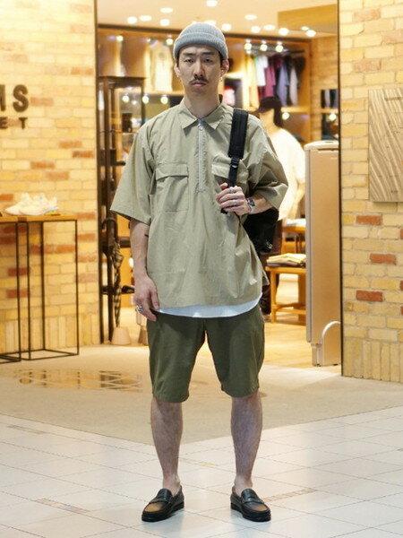 BEAMS MENさんのシャツ/ブラウスその他「BEAMS / SOLOTEX(R) ハーフジップ シャツ」を使ったコーディネートを紹介します。|ファッション通販楽天ブランドアベニュー(旧スタイライフ Stylife)36056