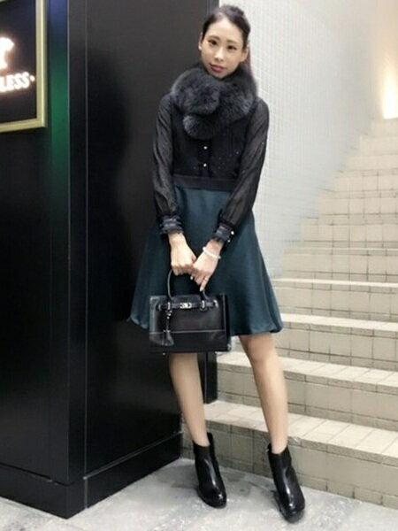 LOVELESS ファッショングッズのコーディネート