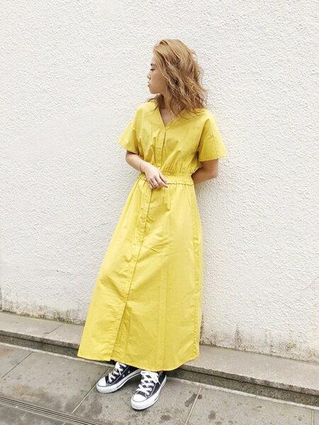UNRELISHさんのシャツワンピース「ウエストシャーリングワンピース」を使ったコーディネートを紹介します。|ファッション通販楽天ブランドアベニュー(旧スタイライフ Stylife)23627