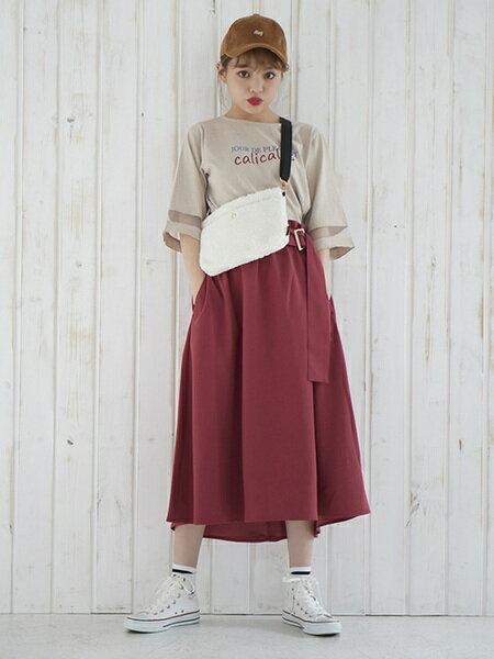 MAJESTIC LEGONさんのフレアスカート「サイドベルトフレアスカート」を使ったコーディネートを紹介します。|ファッション通販楽天ブランドアベニュー(旧スタイライフ Stylife)25801