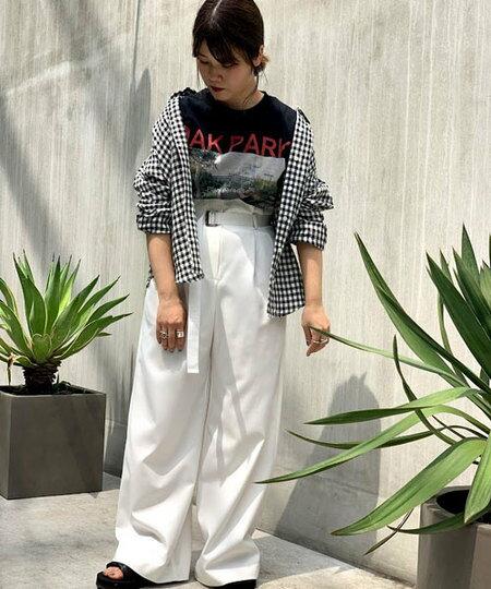 nano・universeのフレンチリネンシャツを使ったコーディネートを紹介します。|Rakuten Fashion(楽天ファッション/旧楽天ブランドアベニュー)34102
