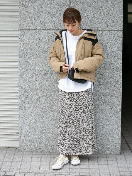 Sonny Labelのグリーンダウンフードジャケットを使ったコーディネートを紹介します。|Rakuten Fashion(楽天ファッション/旧楽天ブランドアベニュー)42094