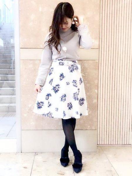 MISCH MASCHさんのフレアスカート「花柄ベルト付きスカート」を使ったコーディネートを紹介します。|ファッション通販楽天ブランドアベニュー(旧スタイライフ Stylife)28805
