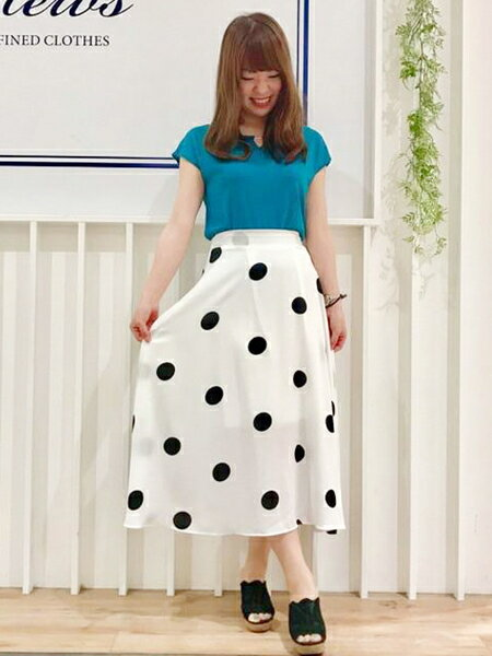 Mew'sのドットミモレスカートを使ったコーディネートを紹介します。|Rakuten Fashion(楽天ファッション/旧楽天ブランドアベニュー)37646