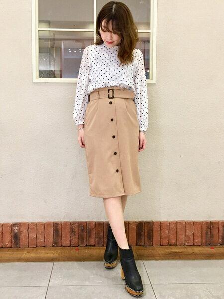 INGNIさんのタイトスカート「S・共ベルト付ナロー/SK」を使ったコーディネートを紹介します。|ファッション通販楽天ブランドアベニュー(旧スタイライフ Stylife)17147