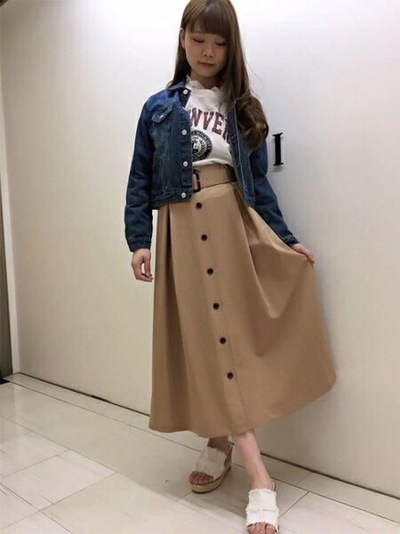 INGNIさんのロングスカート「S・TR前ボタンロング/SK」を使ったコーディネートを紹介します。|ファッション通販楽天ブランドアベニュー(旧スタイライフ Stylife)20184