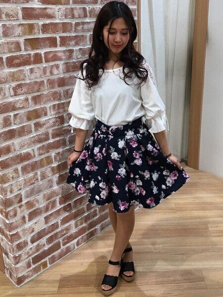 INGNIのコーディネートを紹介します。|Rakuten Fashion(楽天ファッション/旧楽天ブランドアベニュー)21054