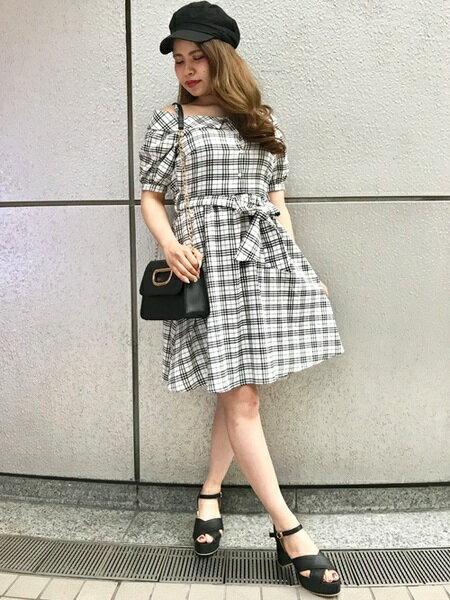 INGNIのコーディネートを紹介します。|Rakuten Fashion(楽天ファッション/旧楽天ブランドアベニュー)21349
