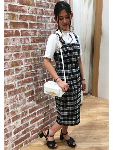 INGNIさんのジャンパースカート「C・モノトーンチェック柄ナロー/JSK」を使ったコーディネートを紹介します。|ファッション通販楽天ブランドアベニュー(旧スタイライフ Stylife)21801