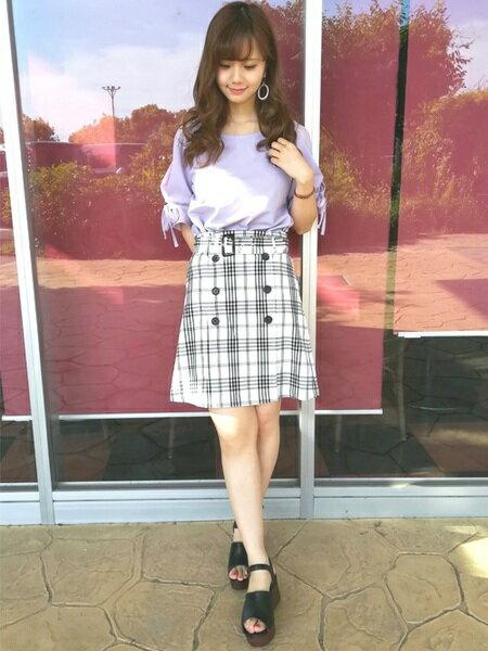 INGNIさんのタイトスカート「S・チェック柄トレンチSK」を使ったコーディネートを紹介します。|ファッション通販楽天ブランドアベニュー(旧スタイライフ Stylife)22443