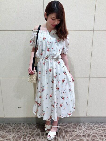 INGNIのコーディネートを紹介します。|Rakuten Fashion(楽天ファッション/旧楽天ブランドアベニュー)22676