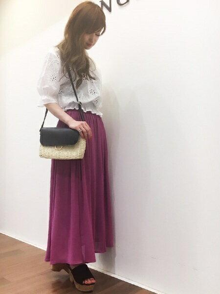 INGNIさんのロングスカート「S・シフォン楊柳ロング/SK」を使ったコーディネートを紹介します。|ファッション通販楽天ブランドアベニュー(旧スタイライフ Stylife)22713