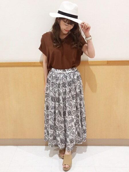 INGNIさんのロングスカート「C・ペイズリー柄/ロングSK」を使ったコーディネートを紹介します。|ファッション通販楽天ブランドアベニュー(旧スタイライフ Stylife)23551