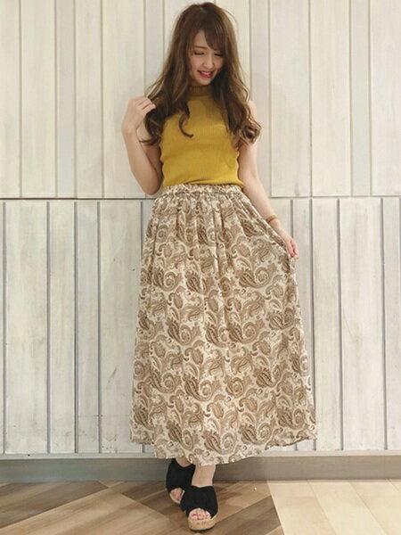 INGNIさんのロングスカート「C・ペイズリー柄/ロングSK」を使ったコーディネートを紹介します。|ファッション通販楽天ブランドアベニュー(旧スタイライフ Stylife)23561