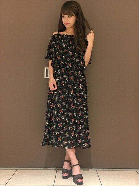 INGNIのコーディネートを紹介します。 Rakuten Fashion(楽天ファッション/旧楽天ブランドアベニュー)23566