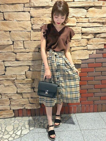 INGNIのコーディネートを紹介します。 Rakuten Fashion(楽天ファッション/旧楽天ブランドアベニュー)24245