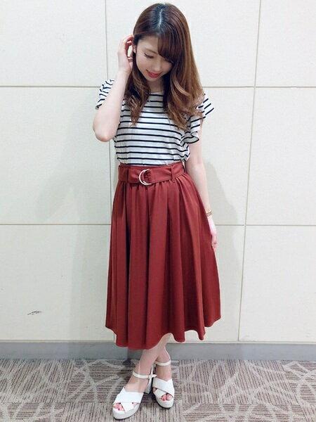 INGNIさんのフレアスカート「Dカンサッシュ付ミディ/スカート」を使ったコーディネートを紹介します。|ファッション通販楽天ブランドアベニュー(旧スタイライフ Stylife)24562