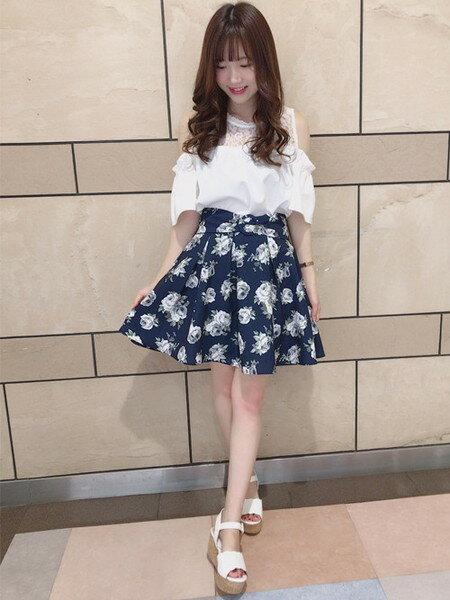 INGNIのコーディネートを紹介します。|Rakuten Fashion(楽天ファッション/旧楽天ブランドアベニュー)24809