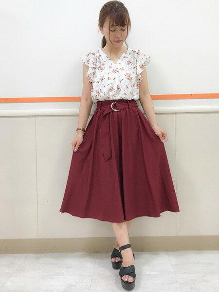 INGNIさんのフレアスカート「Dカンサッシュ付ミディ/スカート」を使ったコーディネートを紹介します。|ファッション通販楽天ブランドアベニュー(旧スタイライフ Stylife)24836