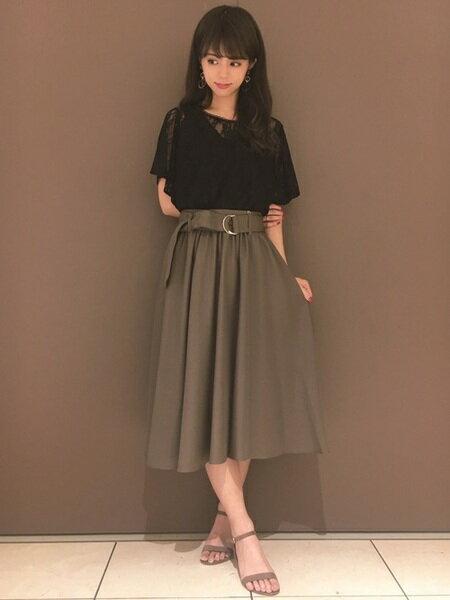 INGNIさんのフレアスカート「Dカンサッシュ付ミディ/スカート」を使ったコーディネートを紹介します。|ファッション通販楽天ブランドアベニュー(旧スタイライフ Stylife)25025