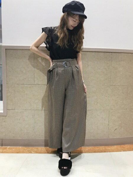 INGNIさんのワイド/バギーパンツ「共ベルト付チェックワイド/パンツ」を使ったコーディネートを紹介します。|ファッション通販楽天ブランドアベニュー(旧スタイライフ Stylife)25558